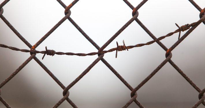 barrier-639098_1920