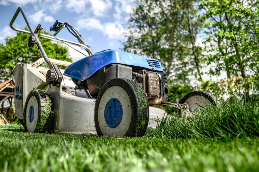 How to start a lawn care business a whole NEW way